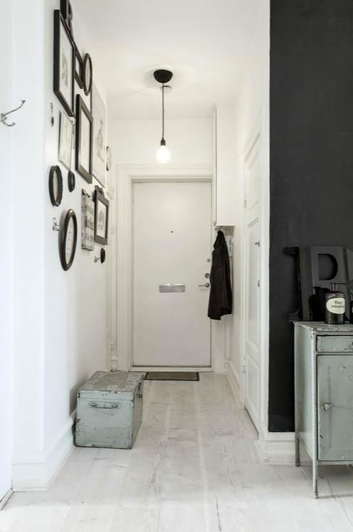 Zidna galerija za ulepsavanje hodnika