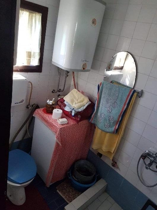 Kuca-na-Moravi-Kupatilo-pre-Renoviranja