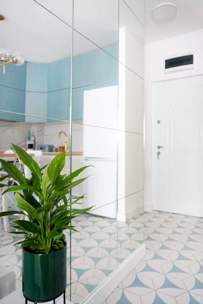 Uređenje malog stana - Ulazni Hodnik